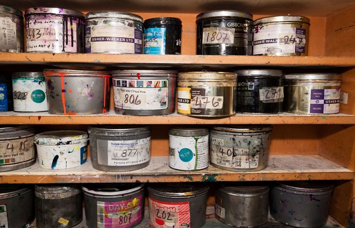Best Container to Store Oil Paint