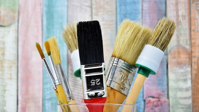 clean paint brush after every use